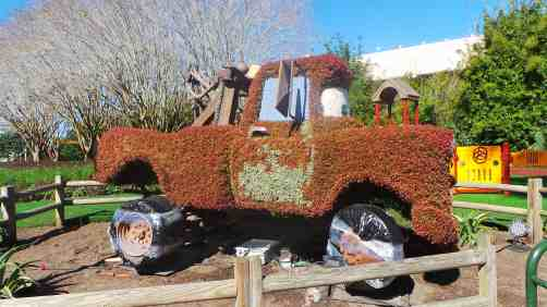 Mater topiary under construction